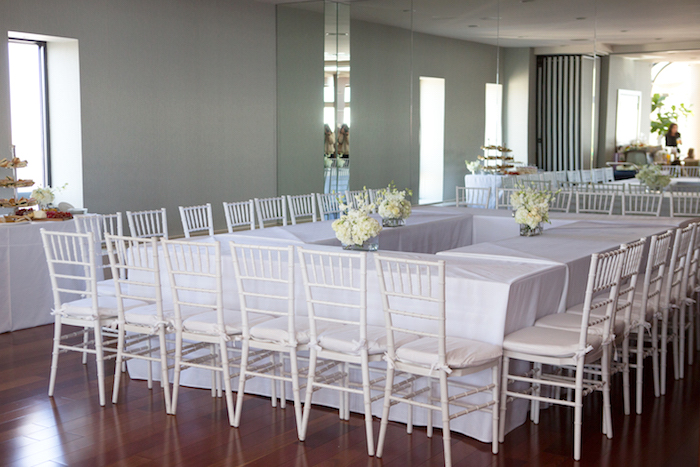shimmering-chic-baby-shower-guest-tables