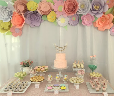 floral-tea-party-baby-shower-flower-backdrop