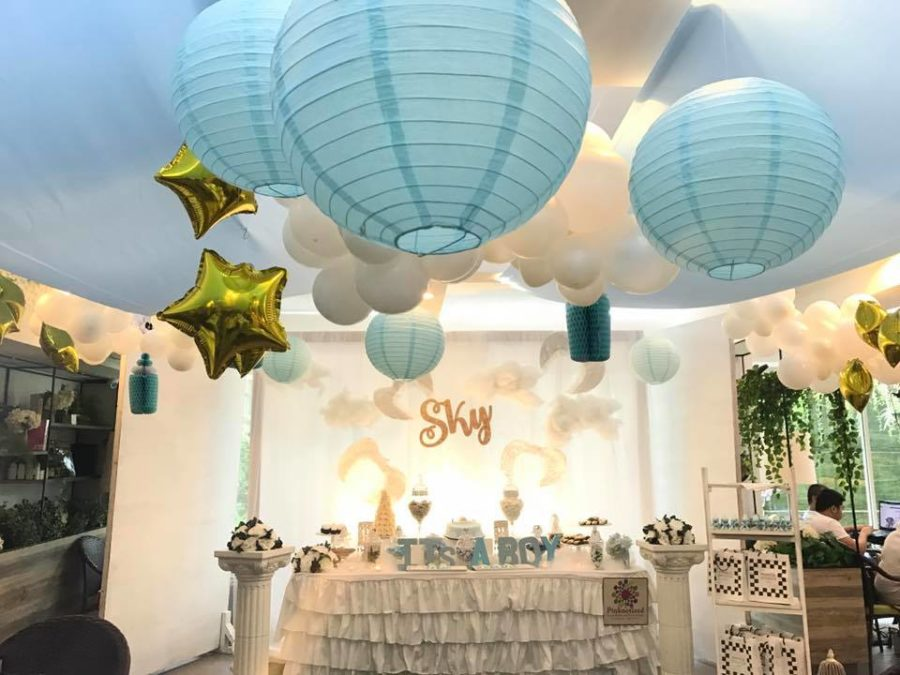 sky-blue-baby-shower-ceiling-decorations