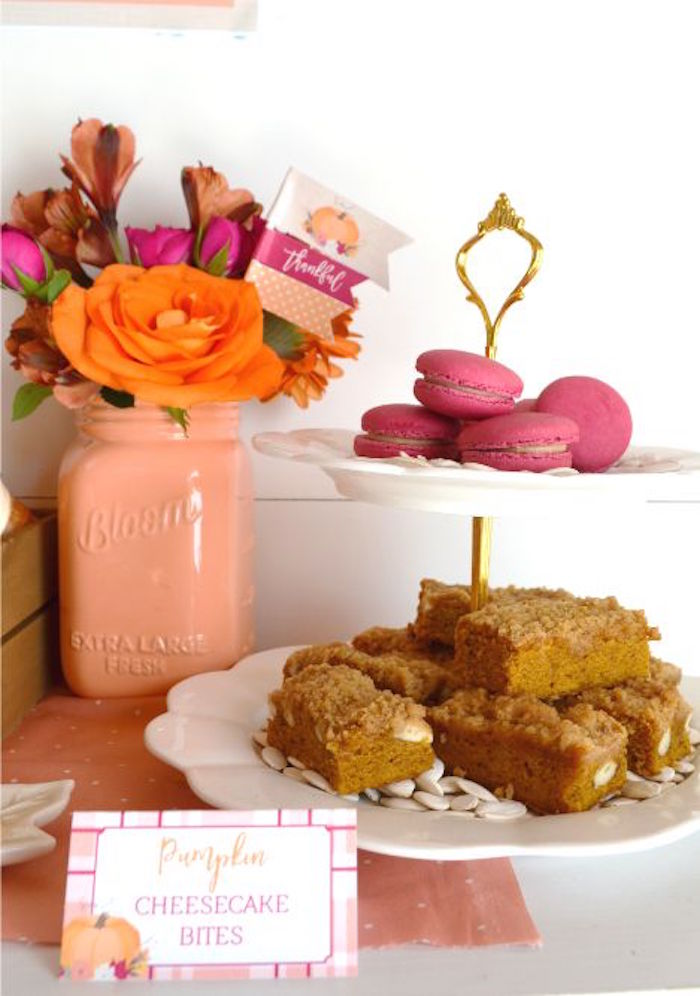 sweet-little-pumpkin-baby-shower-macarons