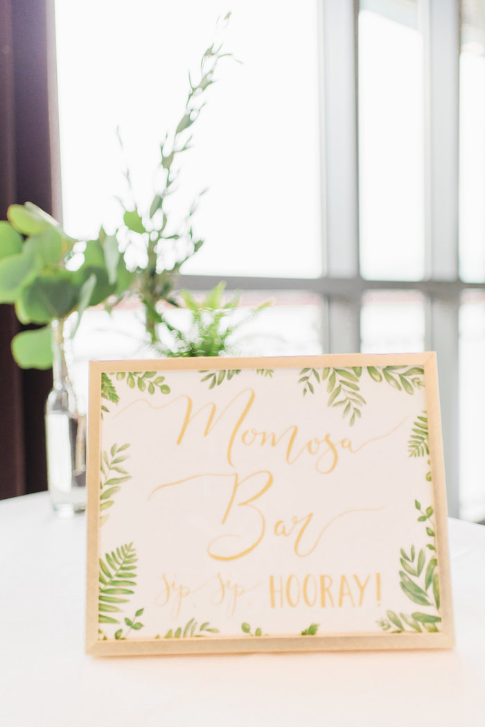 whimsical-hello-world-baby-shower-mimosa-bar