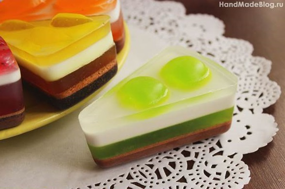 Making Delicious Cake Soaps