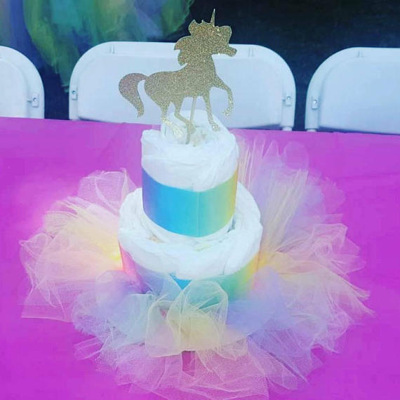 gold-unicorn-baby-shower-centerpiece