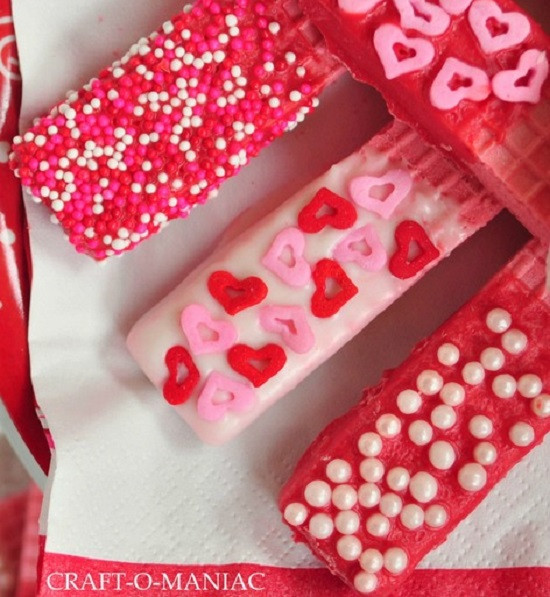 valentines-day-heart-decorated-waffles