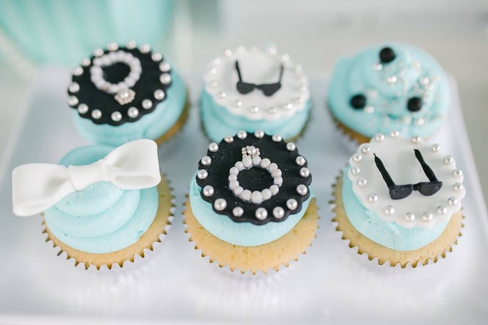 breakfast-at-tiffanys-tea-party-cupcakes