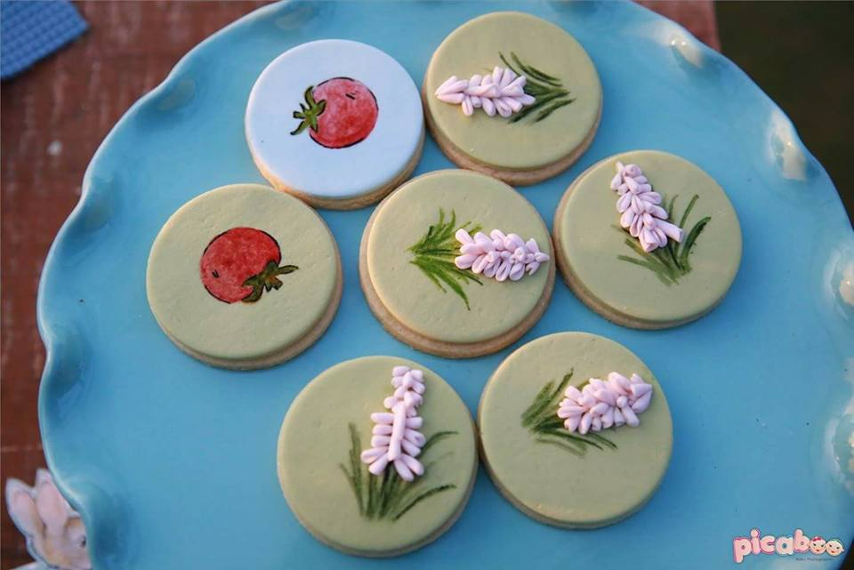 elegant-peter-rabbit-garden-party-cookies