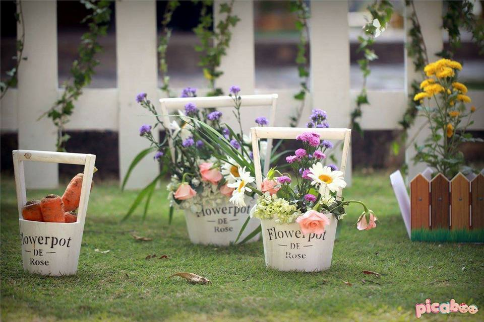 elegant-peter-rabbit-garden-party-flower-pots