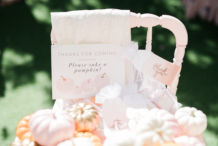 pretty-little-pumpkin-baby-shower-guest-gifts