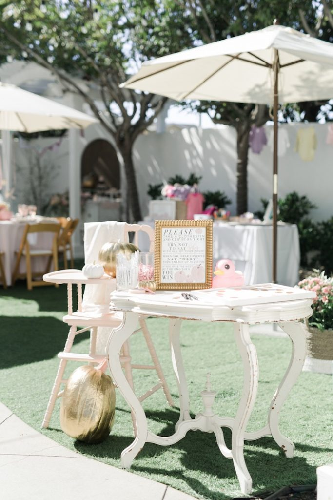 pretty-little-pumpkin-baby-shower-guest-tables