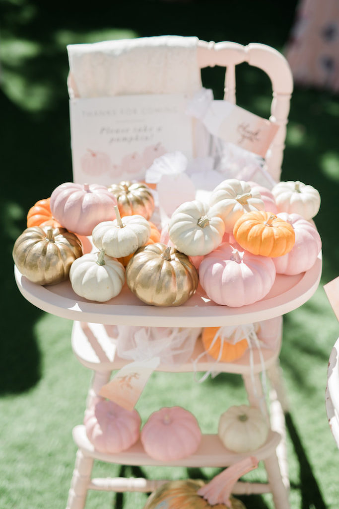 pretty-little-pumpkin-baby-shower-mini-pumpkins