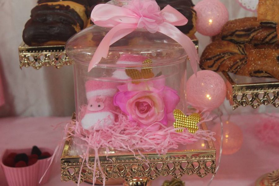 pretty-pink-princess-shower-flower-decor