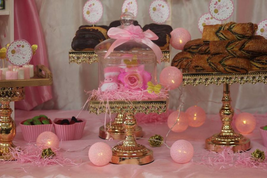 pretty-pink-princess-shower-snack-trays