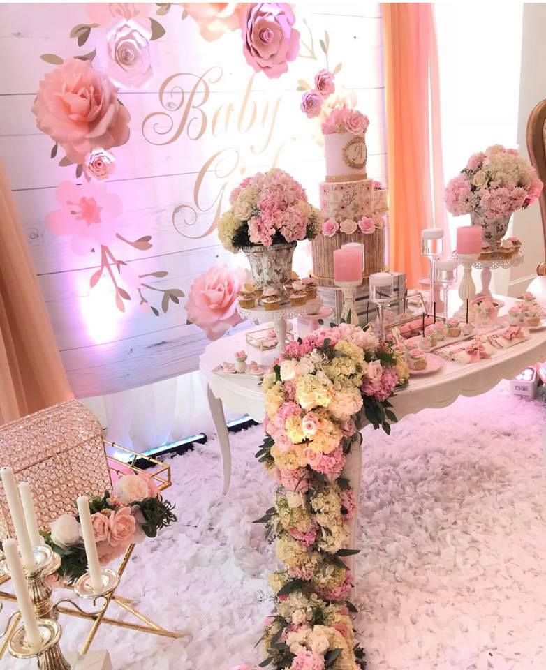 pretty-pink-and-floral-baby-shower-decoration