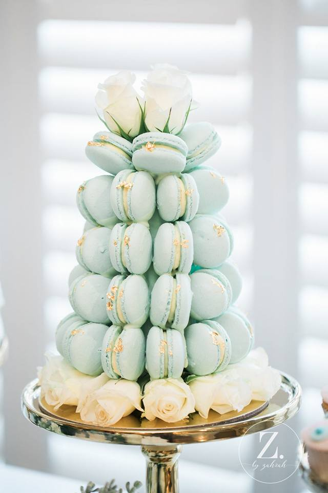 baby-blue-macarons