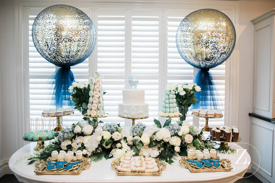 blue-and-gold-glitter-confetti-baby-shower-dessert-table