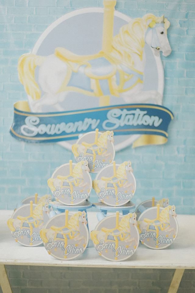 blue-carousel-baptism-ideas-pick-up-station