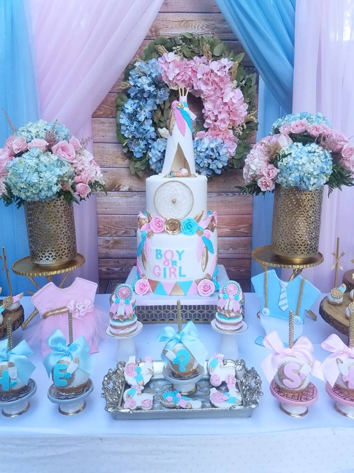 boho-gender-reveal-party-cake