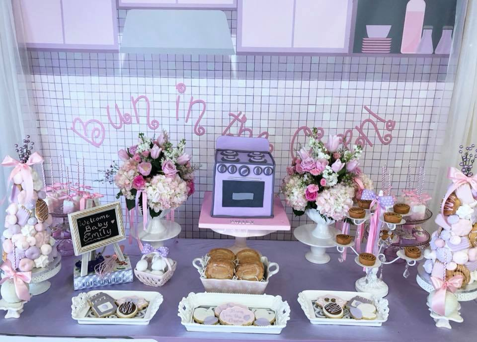 bun-in-the-oven-baby-shower-cake