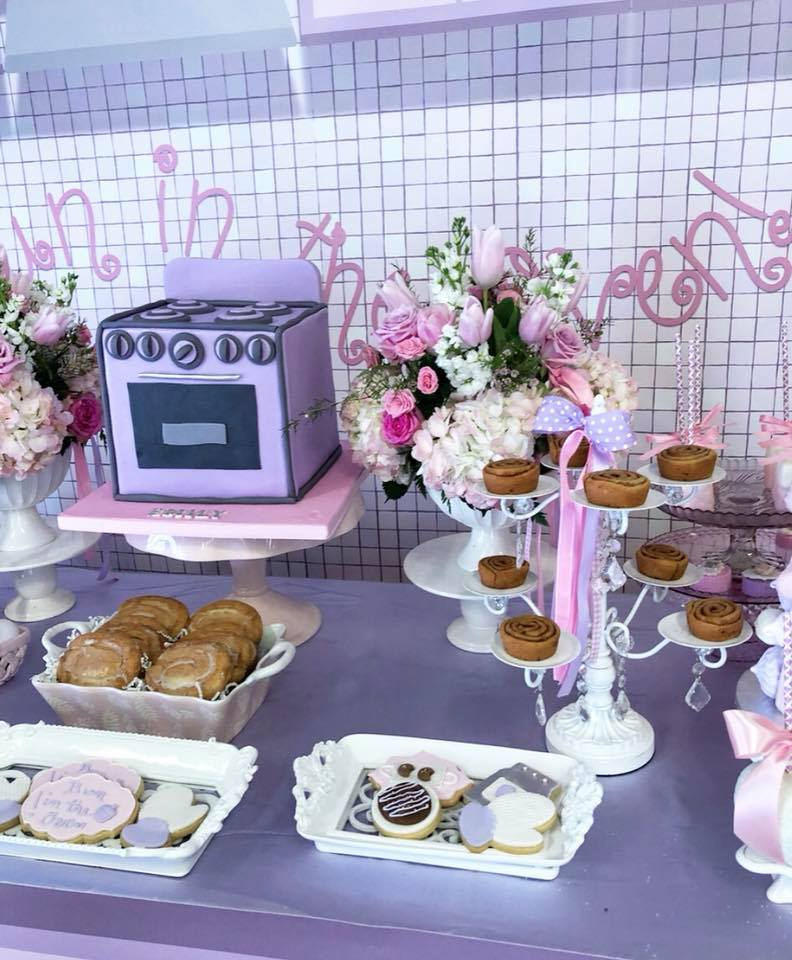 bun-in-the-oven-baby-shower-theme-sweets-baked-goods