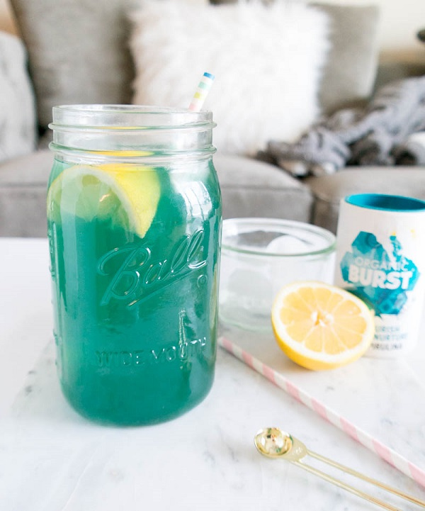 mermaid-party-drink-lemonade