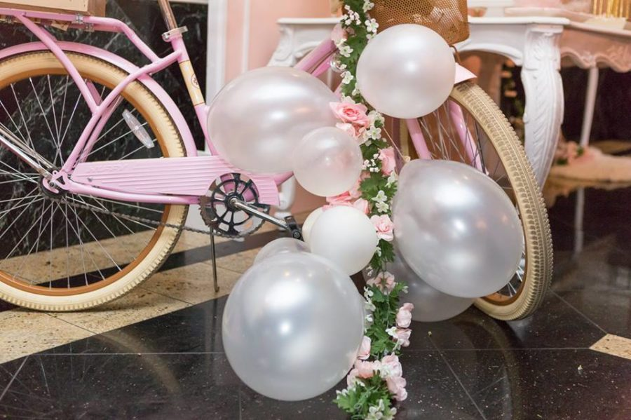 charming-blush-garden-baby-shower-balloons