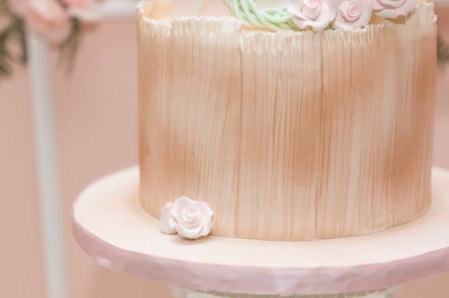 charming-blush-garden-baby-shower-cake-bottom-layer