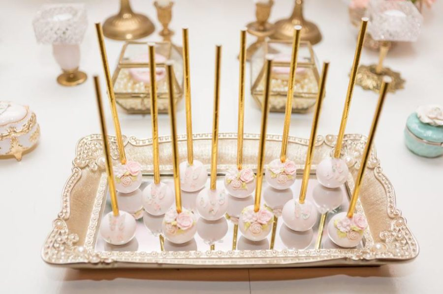 charming-blush-garden-baby-shower-cakepops
