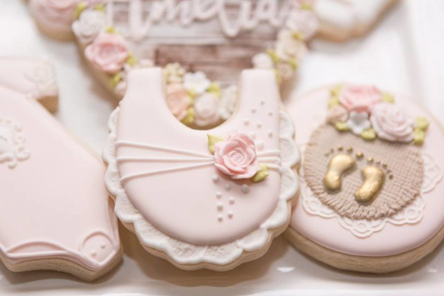 charming-blush-garden-baby-shower-cookies
