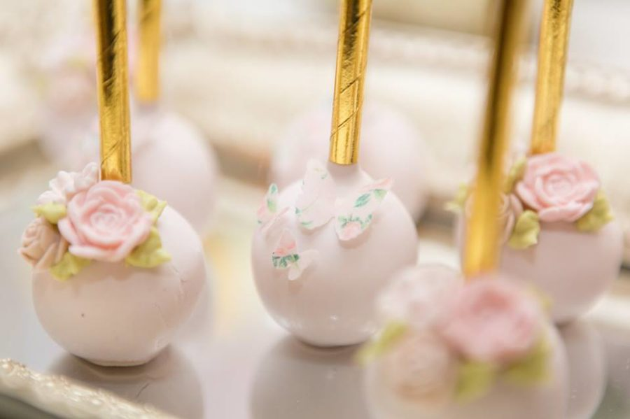 charming-blush-garden-baby-shower-pink-cakepops