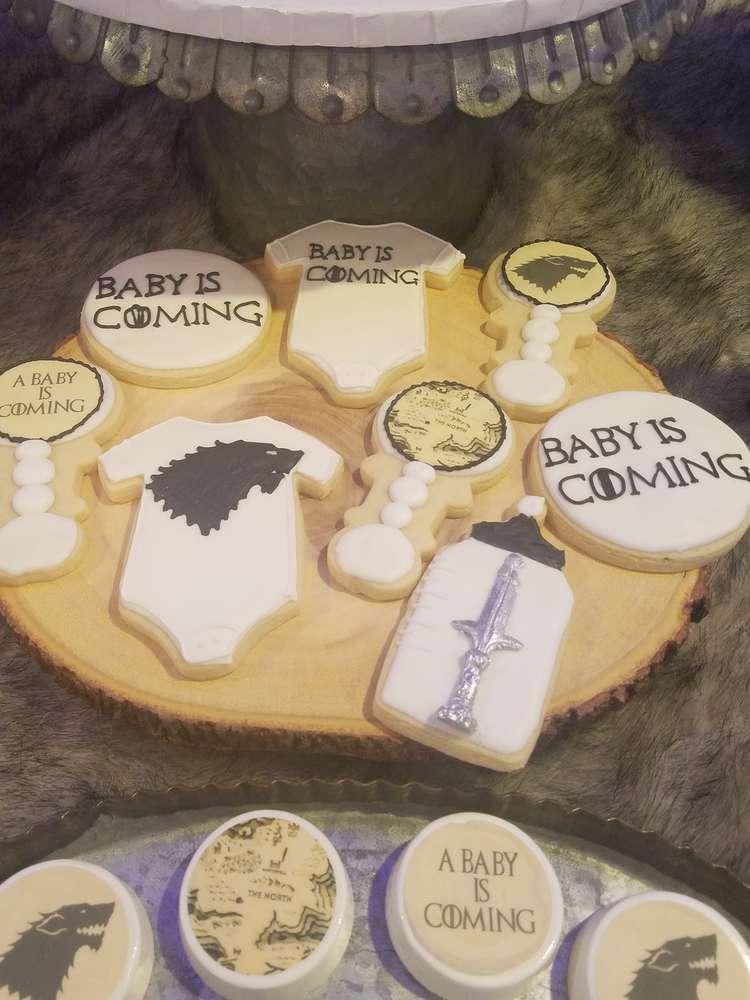 fabulous-game-of-thrones-baby-shower-sugar-cookies