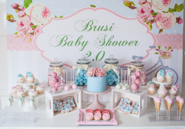 florals-and-bicycles-baby-shower-party-tablescape