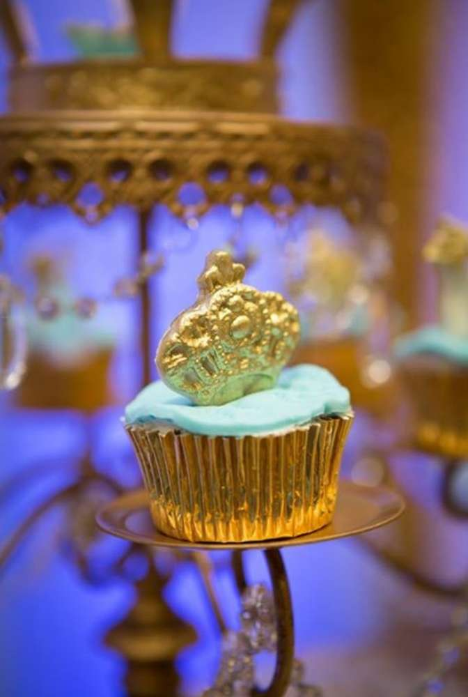 gold-and-blue-royal-baby-shower-cupcake-crown-topper