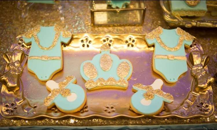 gold-and-blue-royal-baby-shower-stunning-cookies