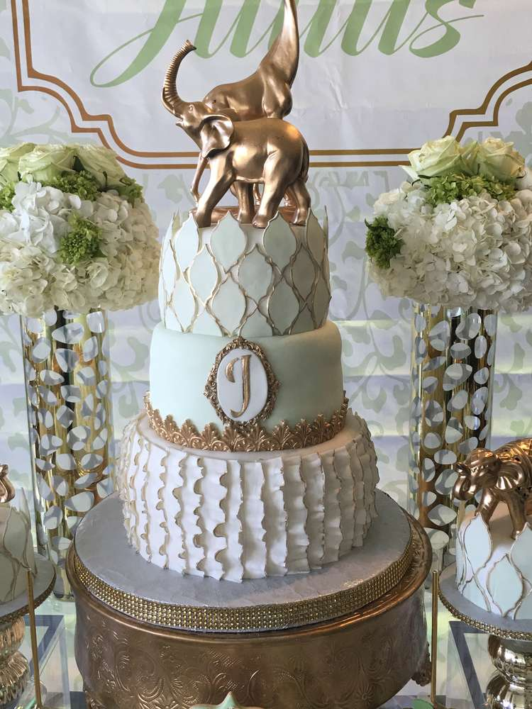 golden-glam-safari-baby-shower-tiered-cake