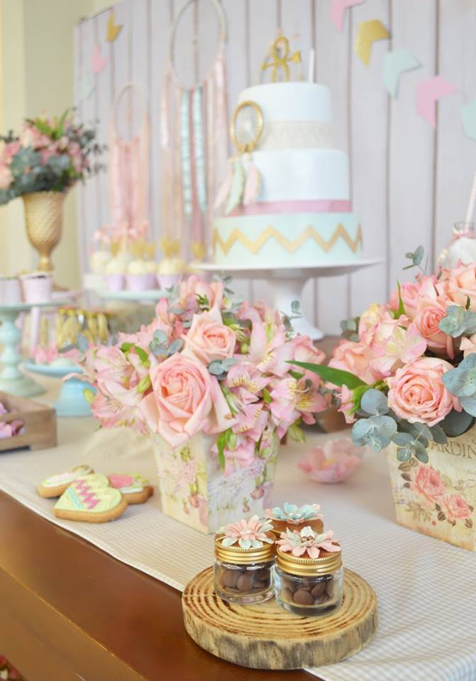 pastel-boho-chic-party-main-table