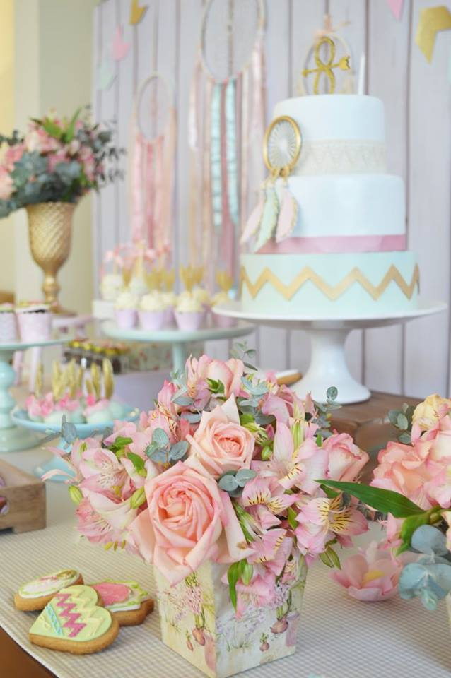 pastel-boho-chic-party-pink-flower