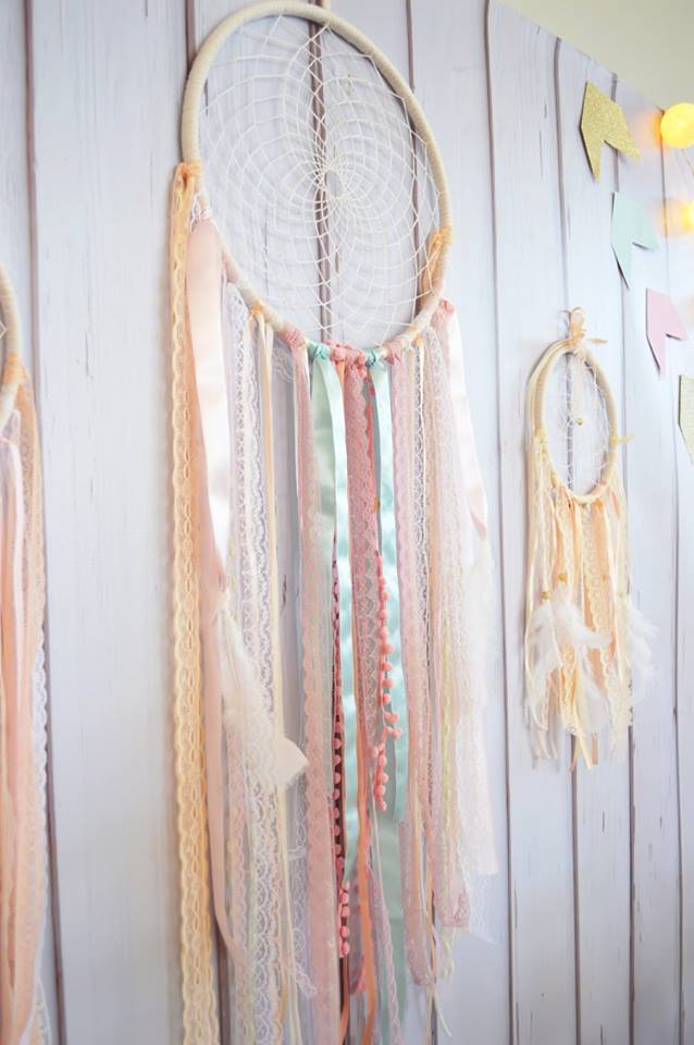 pastel-dreamcatcher-decor