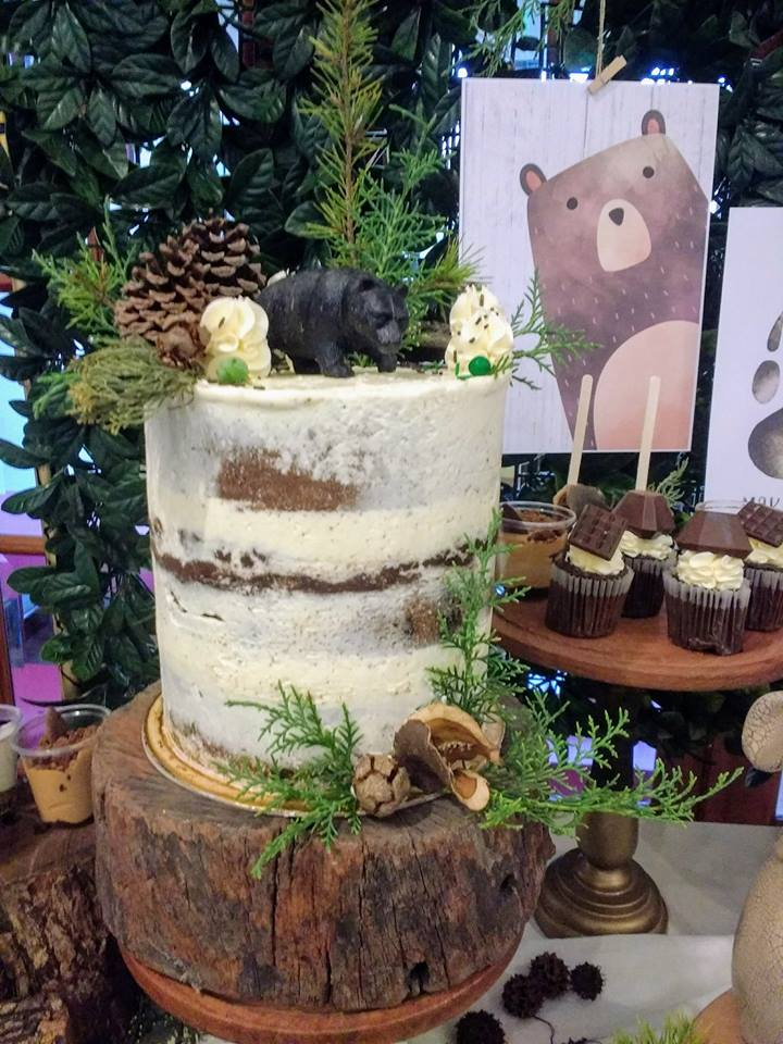 play-in-the-forest-party-cake
