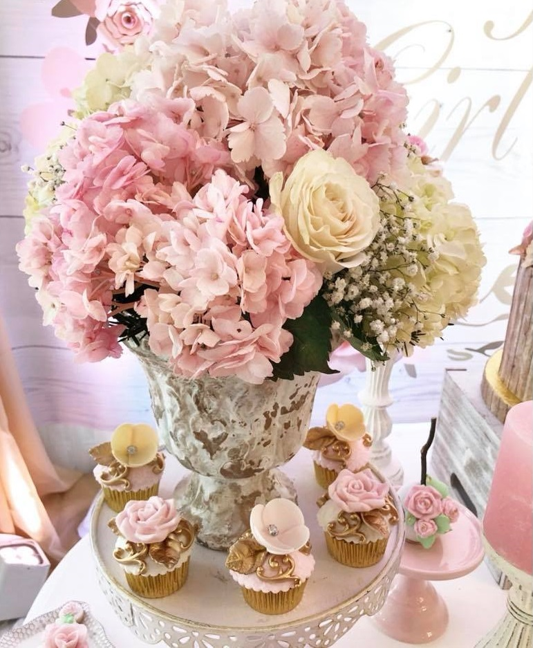 pretty-pink-and-floral-baby-shower-beautiful-flowers-baby-pink-and-ivory