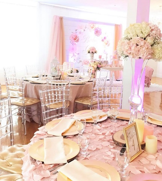 pretty-pink-and-floral-baby-shower-table-setting