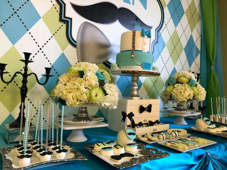 sophisticated-little-man-baby-shower-flowers