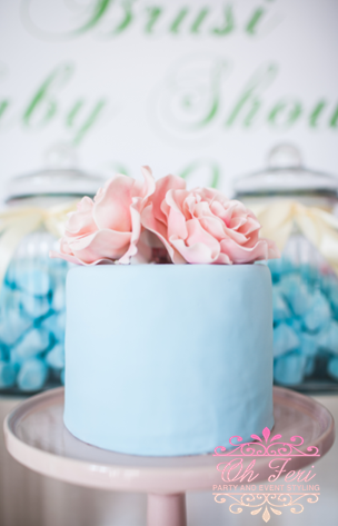 floral-chic-baby-shower-cake
