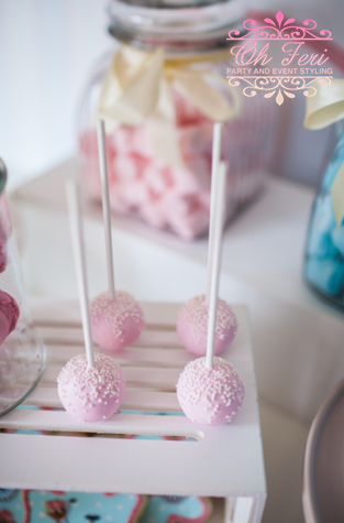 pink-sprinkled-cake-pops