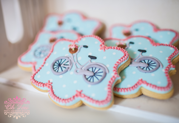 shabby-chic-bicycle-sugar-cookies-for-baby-shower-celebration