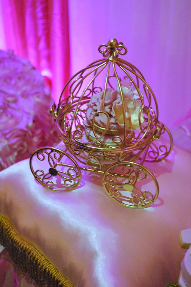 gold-and-pink-princess-baby-shower-carriage