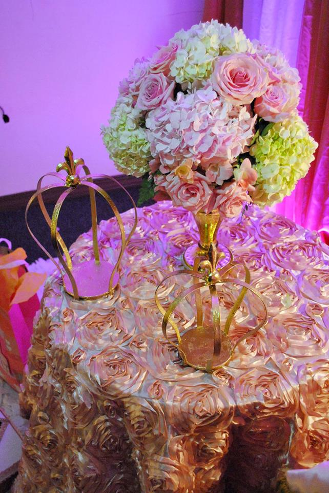 gold-and-pink-princess-baby-shower-crowns