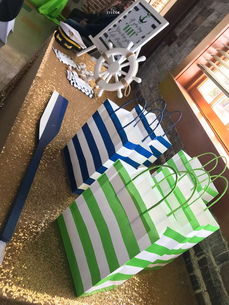modern-chic-nautical-shower-gift-bags
