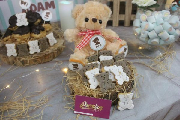 teddy-bear-baby-shower-dessert-table