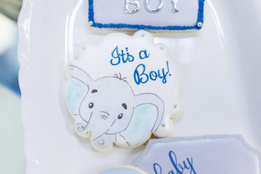 blue-and-silver-elephant-baby-shower-cookie