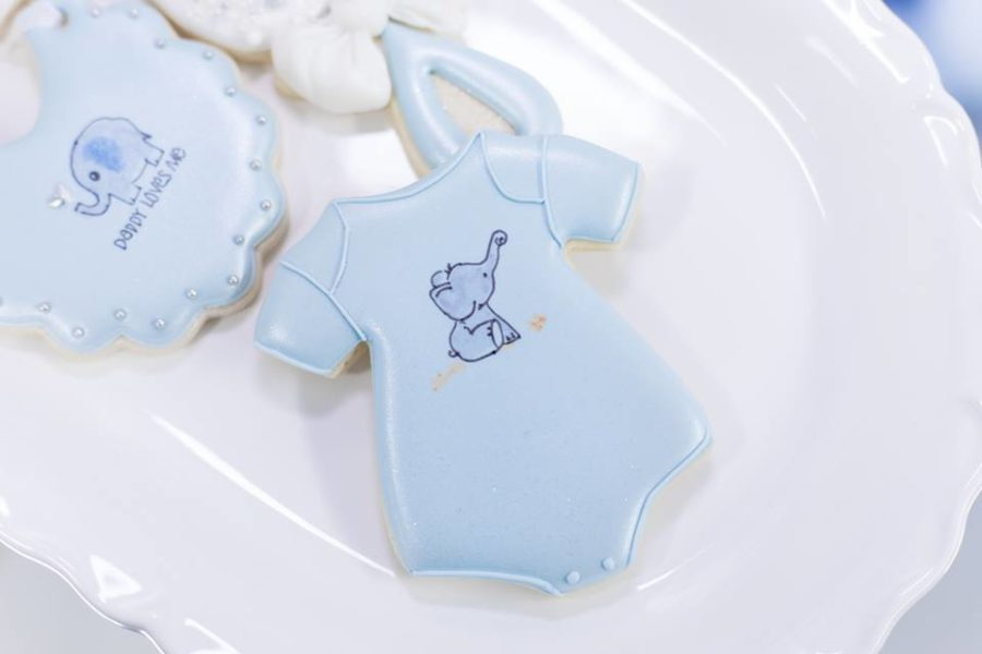 blue-and-silver-elephant-baby-shower-cookie-onesie